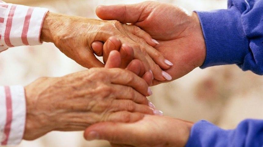Voluntariat, vârstnici, asistență, îngrijitori - SITE NOU