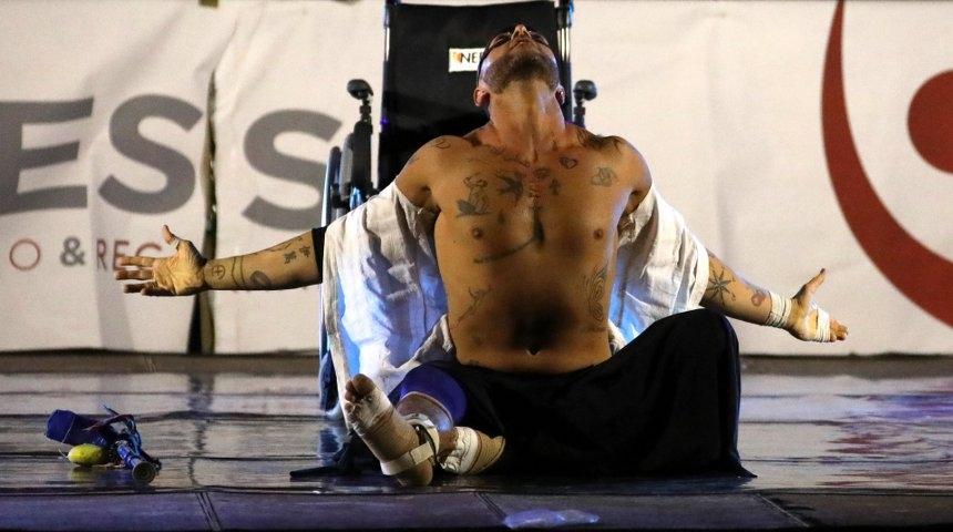 """""""Danzo, dunque sono"""": Ivan Cottini, ballerino con la sclerosi multipla"""